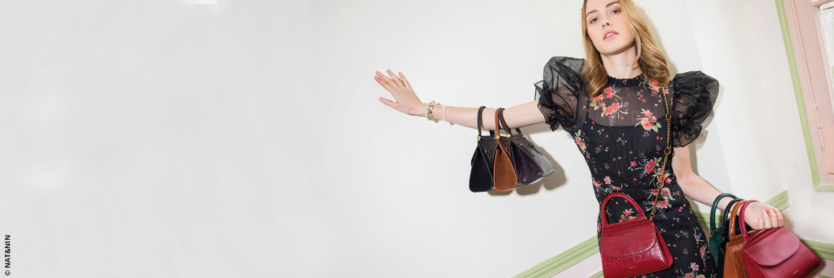 Mini-bags, maxi looks
